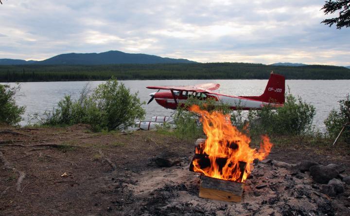 Kanu- und Autoreise im Yukon
