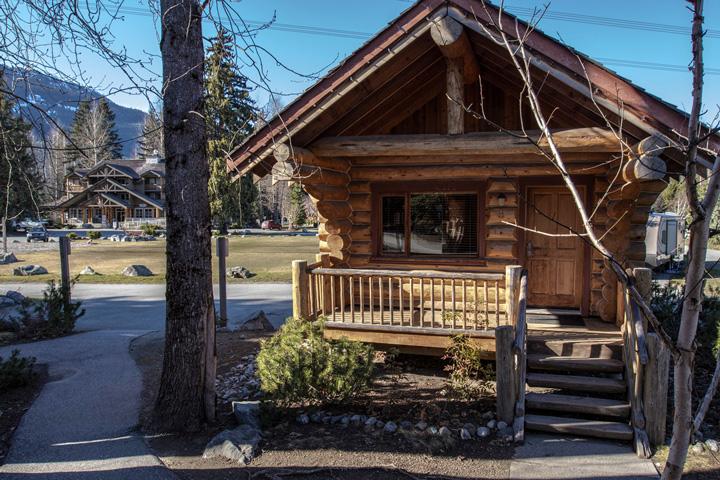 Riverside Log Cabins 01.05.2020 - 09.10.2020 | 4 Personen im Zimmer (Quad) | Cabin