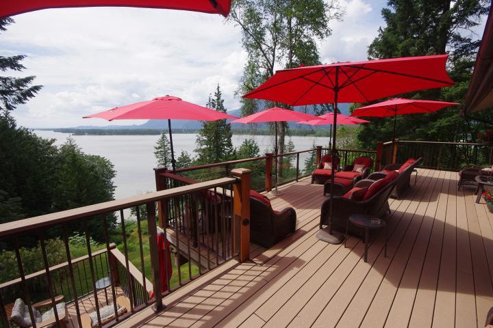 Fraser River's Edge Lodge