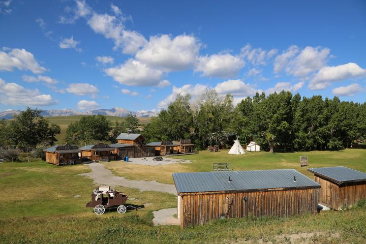 Sierra West Cabins & Ranch