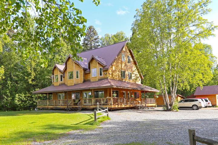 Susitna River Lodge