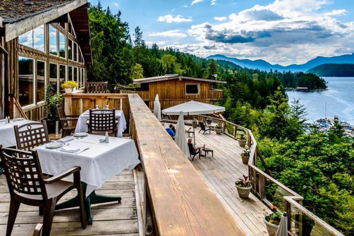 West Coast Wilderness Lodge