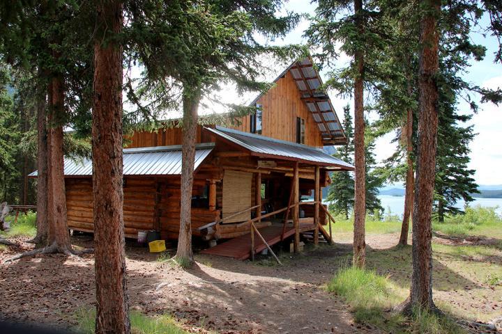 Coghlan Lake Lodge