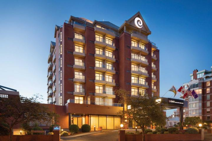 Coast Victoria Hotel & Marina
