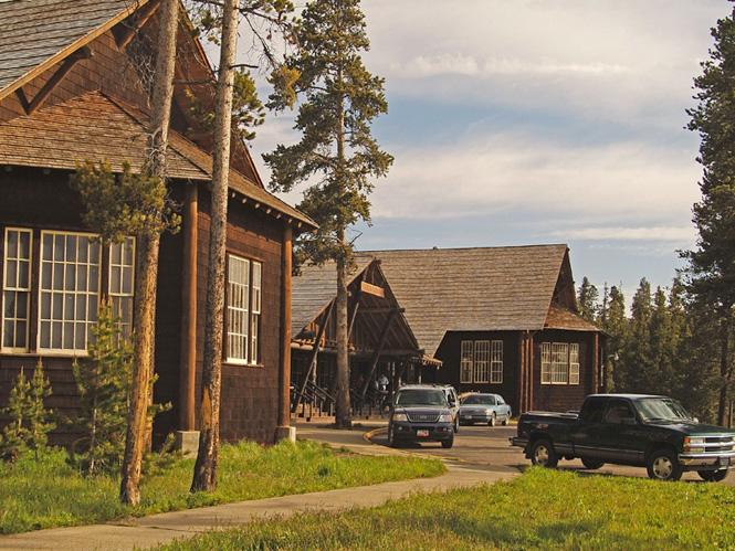 Besondere Erlebnisse vom Spezialisten SK Touristik | Lamplight Inn Bed ...