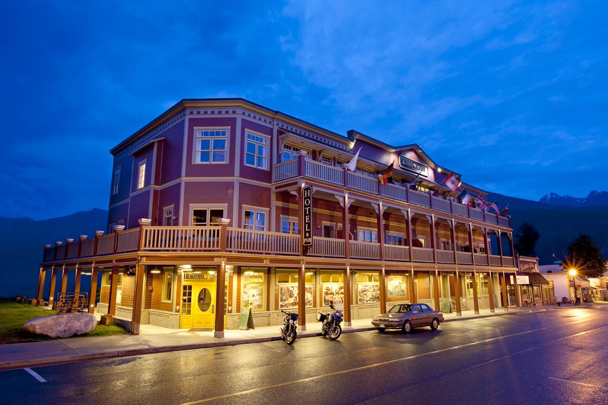 Besondere erlebnisse vom spezialisten sk touristik kaslo for Besondere hotels